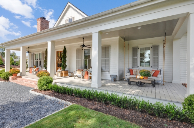 Modern Farmhouse front porch